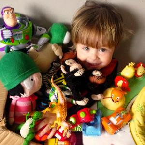 Oscar & Toys