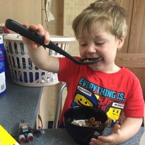 Oscar's been having spoon envy